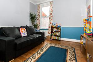 Living Room  of Boscombe Road, Southend-on-Sea, Essex