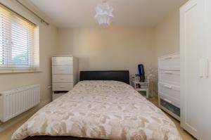 Bedroom One of Oaklands Mews, Rochford, Essex