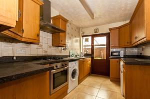 Kitchen of Ashingdon Road, Rochford, Essex