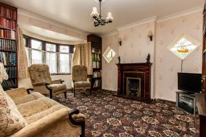 Lounge of Ashingdon Road, Rochford, Essex