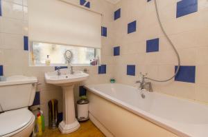 Bathroom of Oxford Road, Rochford, Essex