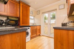 Kitchen of Oxford Road, Rochford, Essex