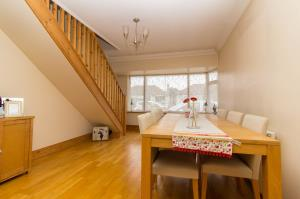 Dining area of Oxford Road, Rochford, Essex