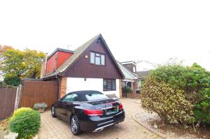 Front of Pinewood Avenue, Leigh-on-Sea, Essex