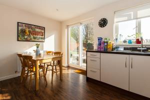 Kitchen Diner of Hera Close, Southend-on-Sea, Essex