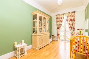 Dining Room of Tintern Avenue, Westcliff-on-Sea, Essex
