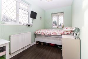 Bedroom of Springwater Grove, Leigh-on-Sea, Essex