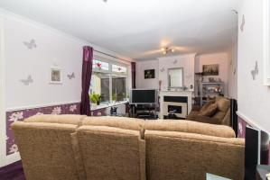 Lounge of Feeches Road, Southend-on-Sea, Essex