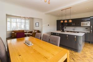 Property For Sale In Beverley Gardens Southend
