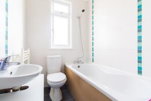 Bathroom of Seaforth Avenue, Southend-on-Sea, Essex