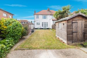 Garden of Hobleythick Lane, Westcliff-on-Sea, Essex