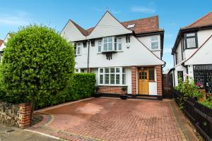 Photo of Woodgrange Drive, Southend-on-Sea, Essex