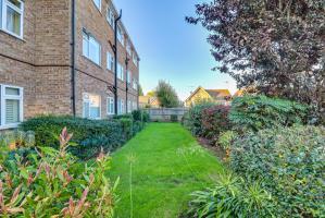 Garden of Fernleigh Drive, Leigh-on-Sea, Essex