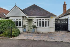 Front of Bonchurch Avenue, Leigh-on-Sea, Essex